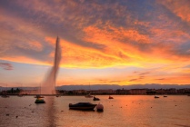 Photo of the Geneva Jet d'Eau by Kevin Allen. Click on image for a link to the original